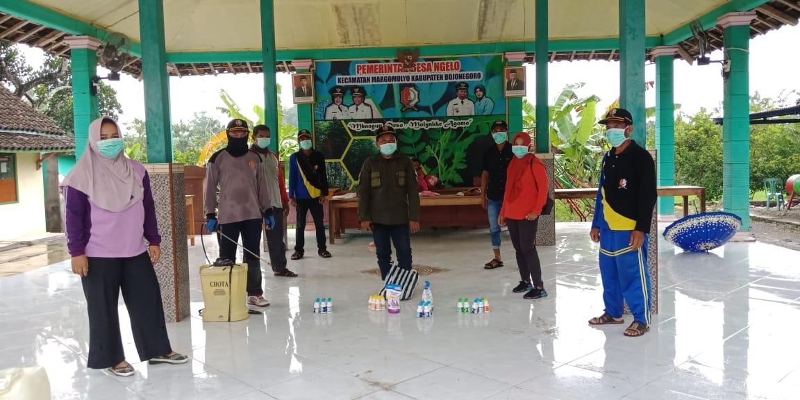 Cegah Virus Corona, Pemerintah Desa Ngelo Lakukan Penyemprotan Disinfektan